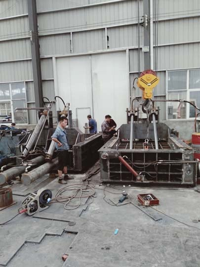 metal baling machines are in manufacturing