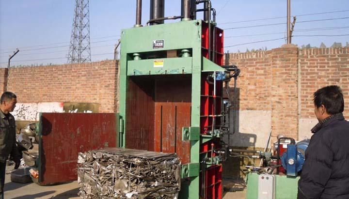 vertical-metal-scraps-baler-applications