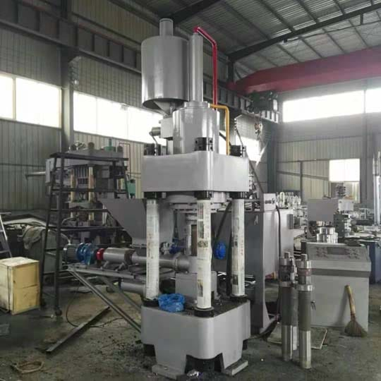 Iron chips briquette machines are in manufacturing