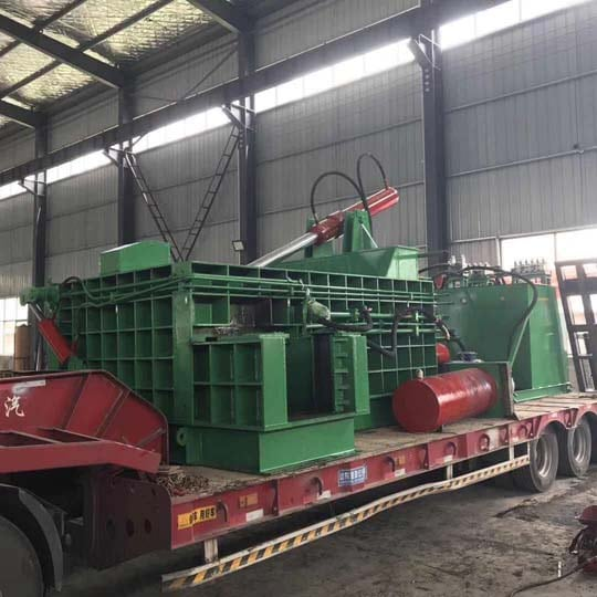 hydraulic metal balers are loading