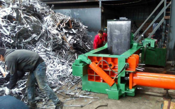 industrial metal baler for shipping to Iraq